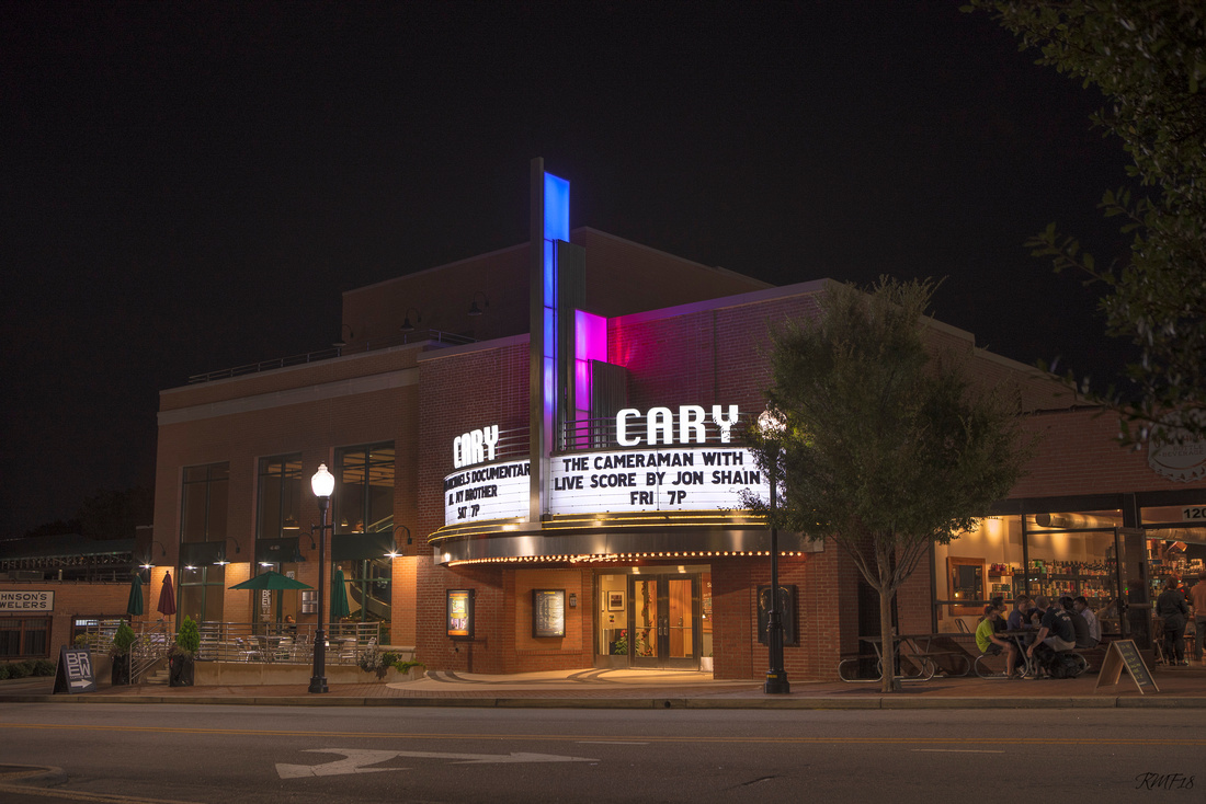 285/365 The Cary on a Friday evening