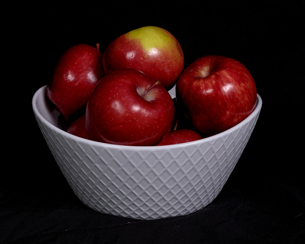067/365 Bowl of apples