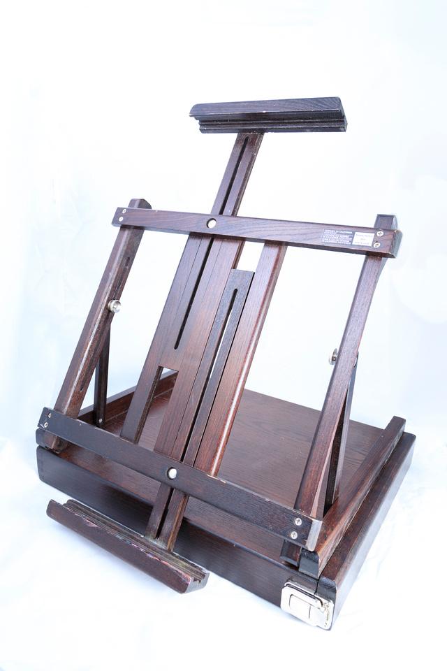 034/365 Portable artist easel for sale